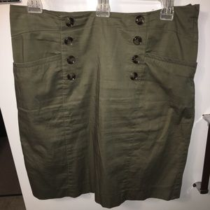 H&M Green Skirt with buttons & slit